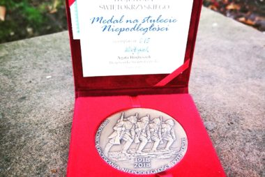 Medal na Stulecie Niepodległości
